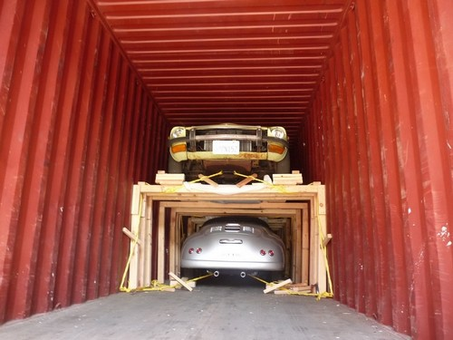 Importer une voiture de collection : Mise en container