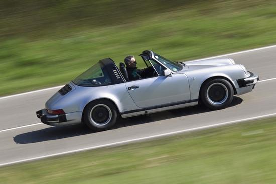 Porsche 911 3.2 Carrera Targa