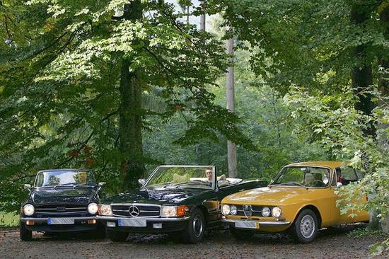 Triumph TR6, Mercedes 350SL et Alfa GT Veloce 1750