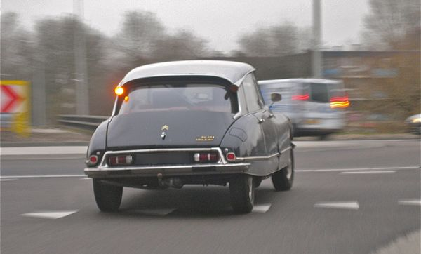Citroen DS daily driver