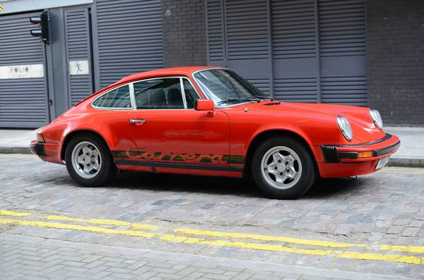 Porsche 911 Carrera 3.0 coupé