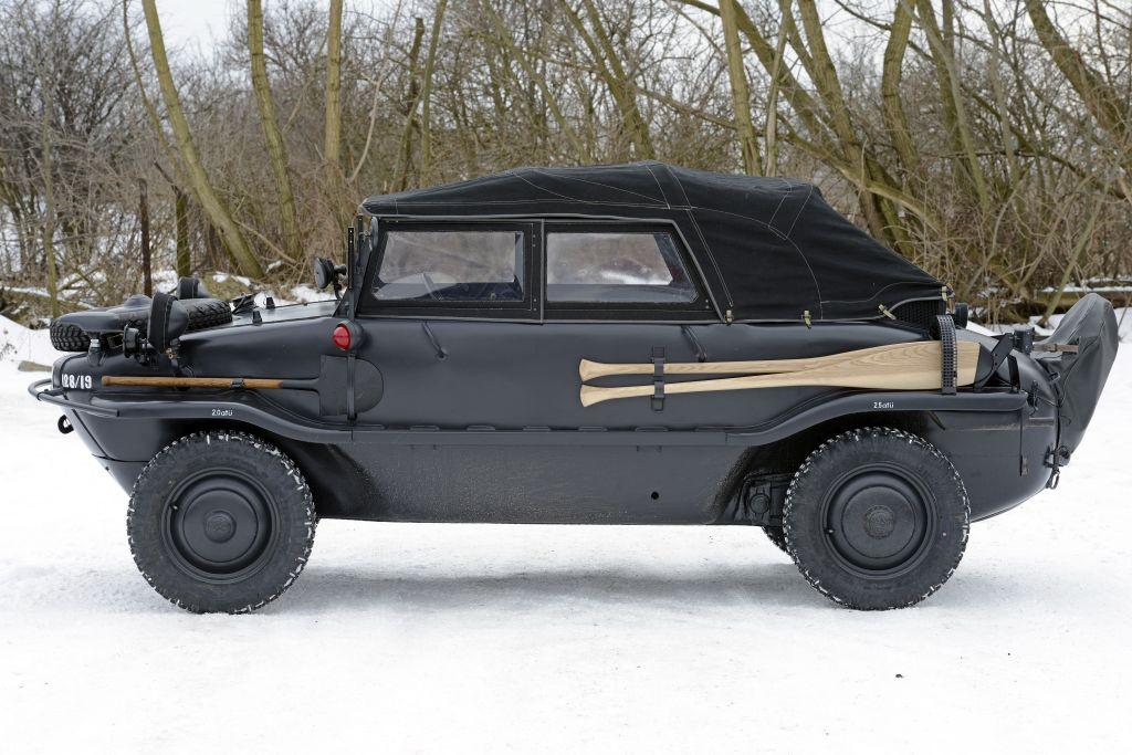 VW SchwimmWagen type 128